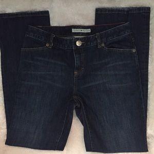 Tommy Hilfiger Low Rise Blue Jean (Flare/Wide Leg)